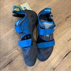 SCARPA Men's Origin Climbing Shoes NWT